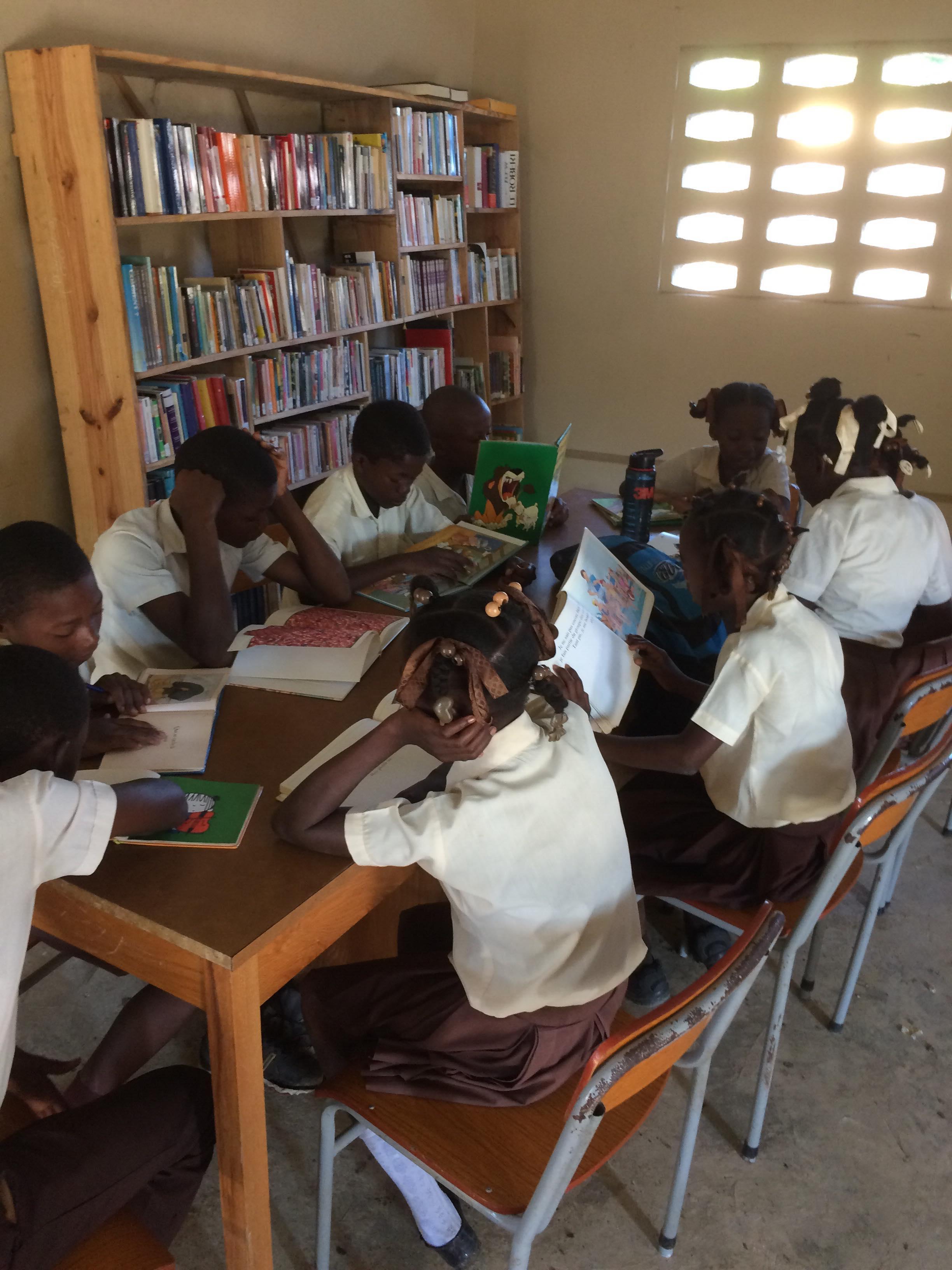 Maison de Charité sous le Clocher en Haïti eleves